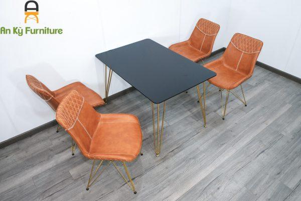 Combo bàn ăn Hommie HA001 của Nội Thất An Kỳ kết hợp Ghế Cafe Aster 187