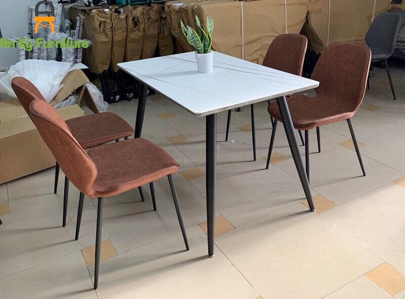 Ghế Cafe Aster JC-771 chân sắt , mặt ghế bọc nệm da