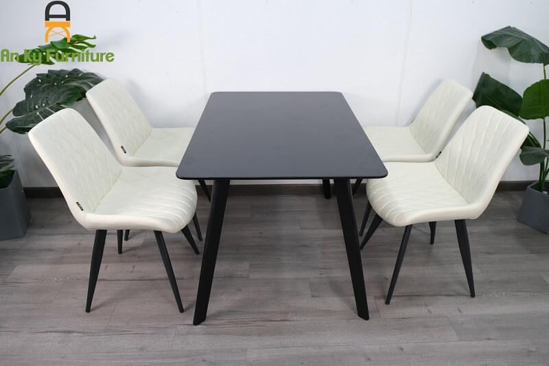 Combo Bàn Ăn Eames 252E117 dành cho 1 bàn 4 ghế