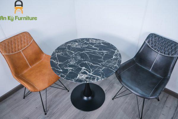 Bàn Cafe Tulip G80 Của Nội Thất An Kỳ - AnKyFurni.vn với chân sắt sơn tĩnh điện , mặt kính giả đá