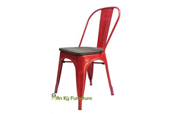 Ghế sắt là gì? Cấu tạo của ghế sắt?