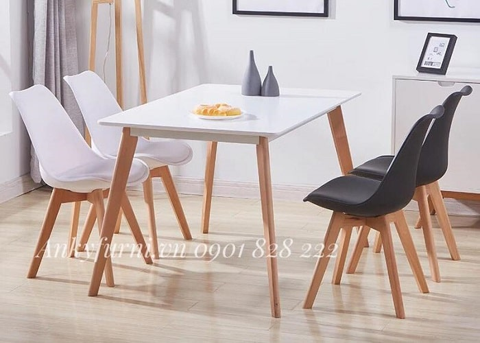 Bàn ăn 4 ghế hiện đại với tông màu trắng tinh tế