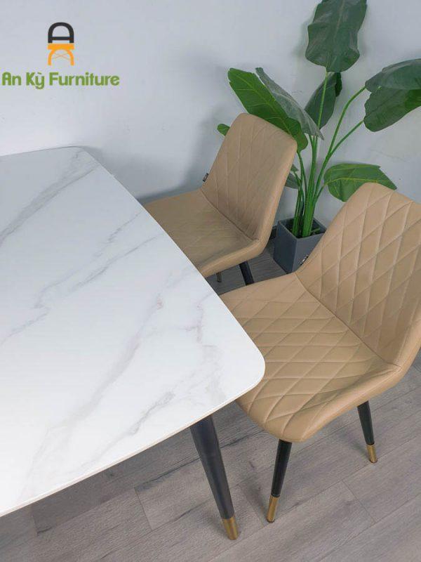 Combo bàn ăn Aster T140117 của Nội Thất An Kỳ , Chân sắt sơn tĩnh điện , mặt đá thiêu kết , nệm bọc vỉa simili