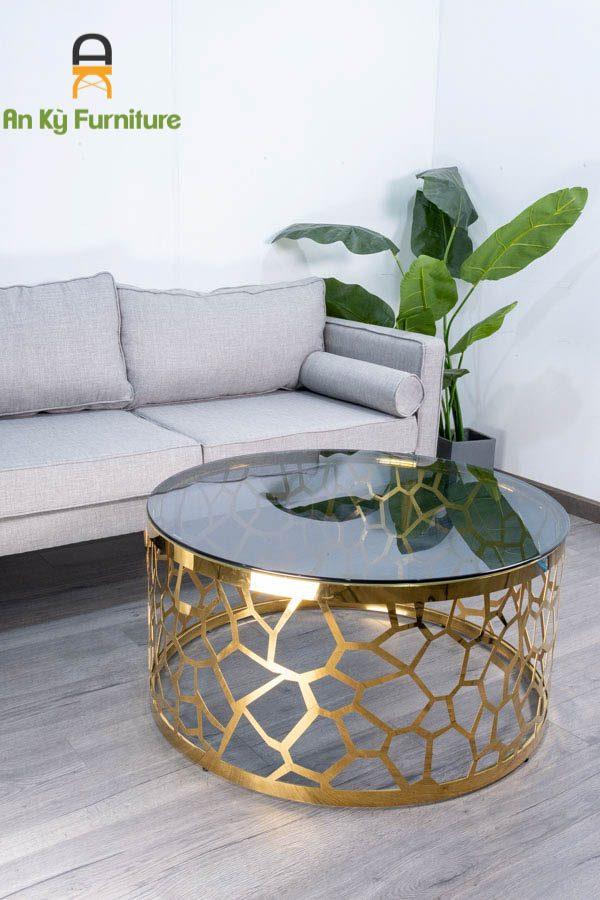 Bàn Trà Sofa 620 của Nội Thất An Kỳ với chất liệu chân inox mạ vàng 304 , mặt kính cường lực