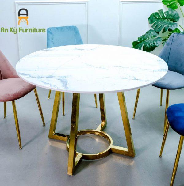 Combo bàn ăn charmai CF-132 chân inox mạ vàng mặt đá của Nội Thất An Kỳ - ANkyfurni