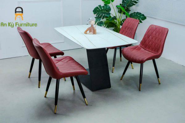 Combo bàn ăn Leo117 của Nội Thất An Kỳ-Ankyfurni với chất liệu chân sắt sơn tĩnh điện , mặt nệm simili , mặt đá thiêu kết