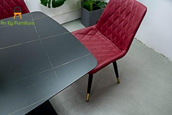Combo bàn ăn stratos-117 của Nội Thất An Kỳ - Ankyfurni với chất liệu chân sắt mặt nệm da lộn , mặt đá thiêu kết
