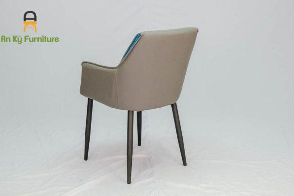 Ghế Cafe Hebe 109 Của Nội Thất An Kytf - Ankyfurni với chất liệu chân sắt sơn tĩnh điện mặt vải da simili