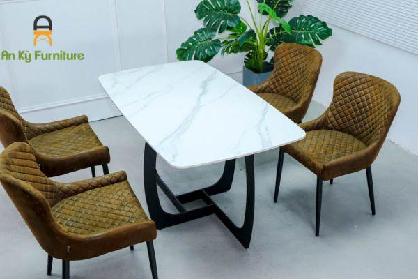 Combo bàn ăn Keva375 của Nội Thất An Kỳ -Ankyfurni với chất liệu sắt sơn tĩnh điện , mặt vải da lộn