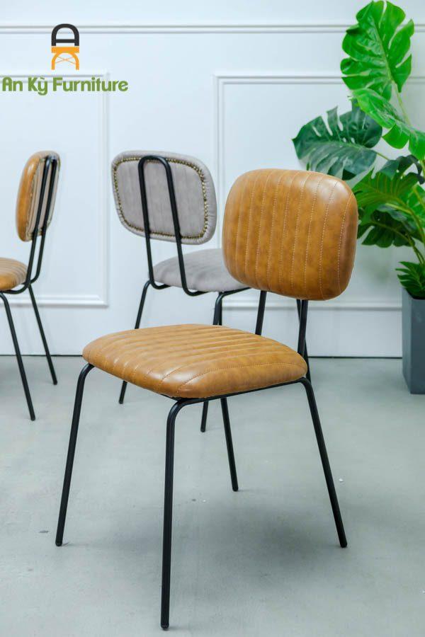 Ghế Cafe Neil 337 của Nội Thất An Kỳ với chất liệu sắt sơn tĩnh điện mặt nệm da simili