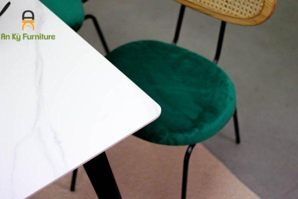 Combo Bộ Bàn Ăn Maris252 Với Chất liệu bàn đá Thiêu Kết , Ghế Lưng Gỗ Mây , Nệm Vải Nhung Cao Cấp của Nội Thất An Kỳ - Ankyfurni