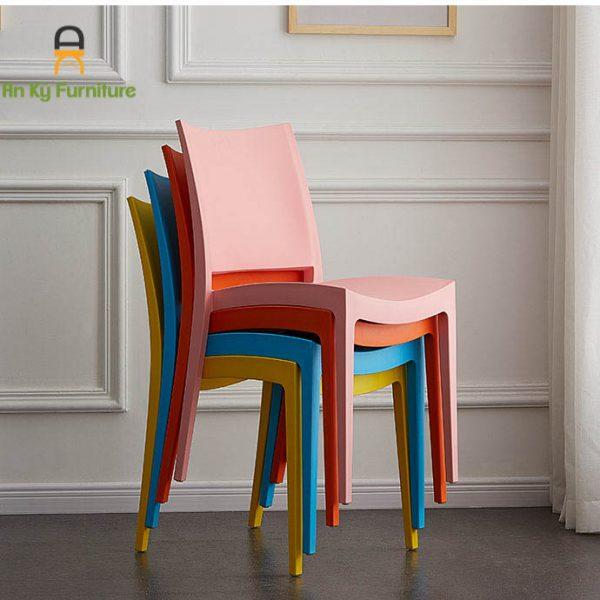 Ghế Cafe Nhựa PP 302 Đúc Nguyên Khối Của Nội Thất An Kỳ - Ankyfurni