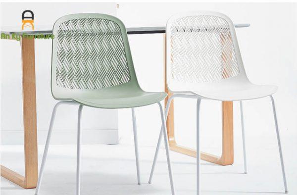 Ghế Cafe nhựa PP chân sắt sơn tĩnh điện 303A của Nội Thất An Kỳ - Ankyfurni